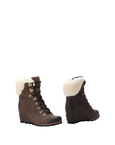 1f585ad6cd0 SOREL. CONQUEST WEDGE SHEARLING. Ankle boot
