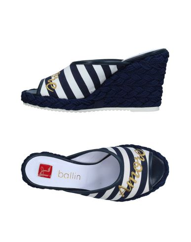 BALLIN Sandals in Dark Blue