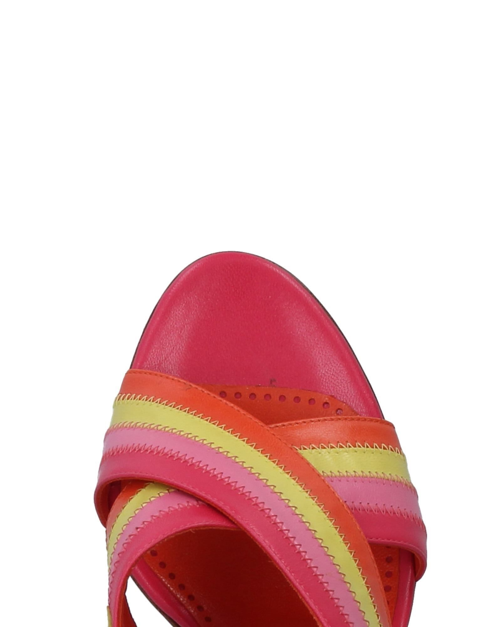 Sandales Moschino Cheap And Chic Femme - Sandales Moschino Cheap And Chic sur