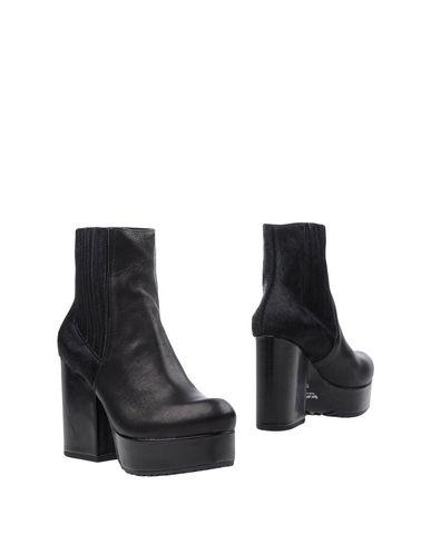 TIPE E TACCHI Chelsea boots