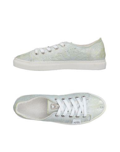 HIROSHI MYURA Sneakers