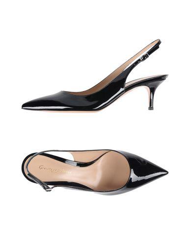 GIANVITO ROSSI Zapato de salón