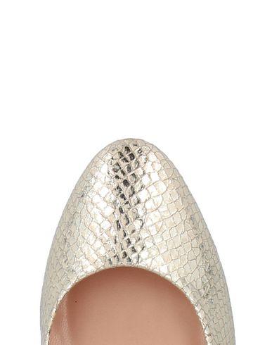 klaring klaring butikken Ros Shoe uttak 2014 nye største leverandør fCCvP