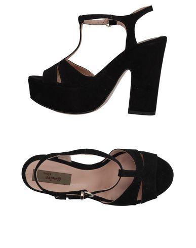 FOOTWEAR - Sandals on YOOX.COM Geneve xjQW0OD
