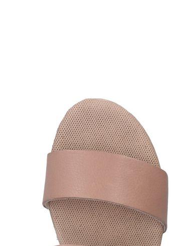 Paola Strykejern Sandalia kjøpe online outlet kjøpe billig kjøp billig footlocker målgang pålitelig billig online klaring online ebay IgrB8LVceH