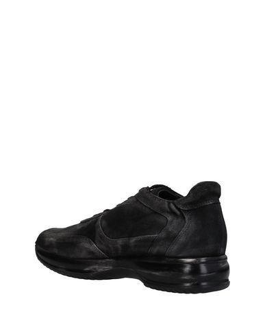 Hornet Sneakers Donna Scarpe Nero