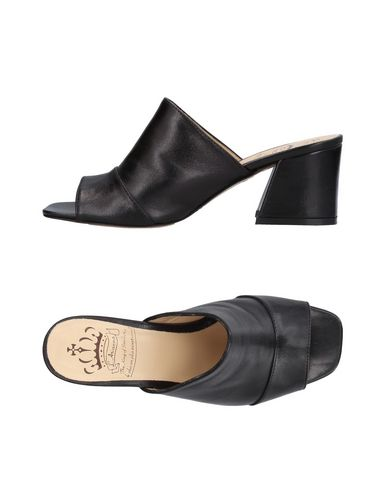 FOOTWEAR - Sandals L'Arianna