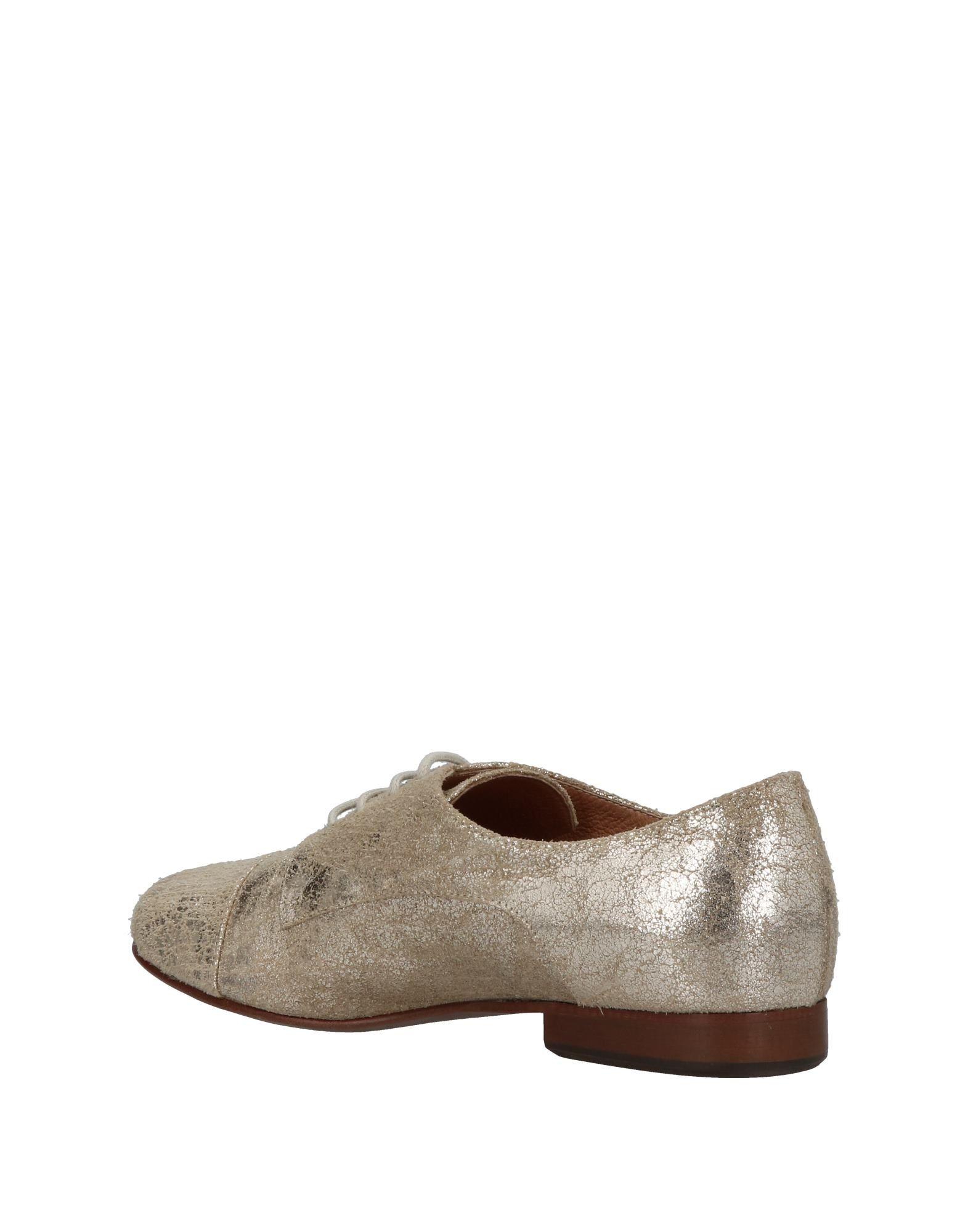 Chaussures À Lacets Logan Femme - Chaussures À Lacets Logan sur