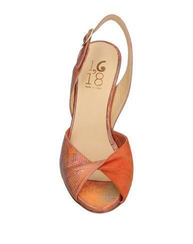 1,618 Sandal