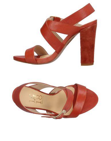 1,618 Sandales