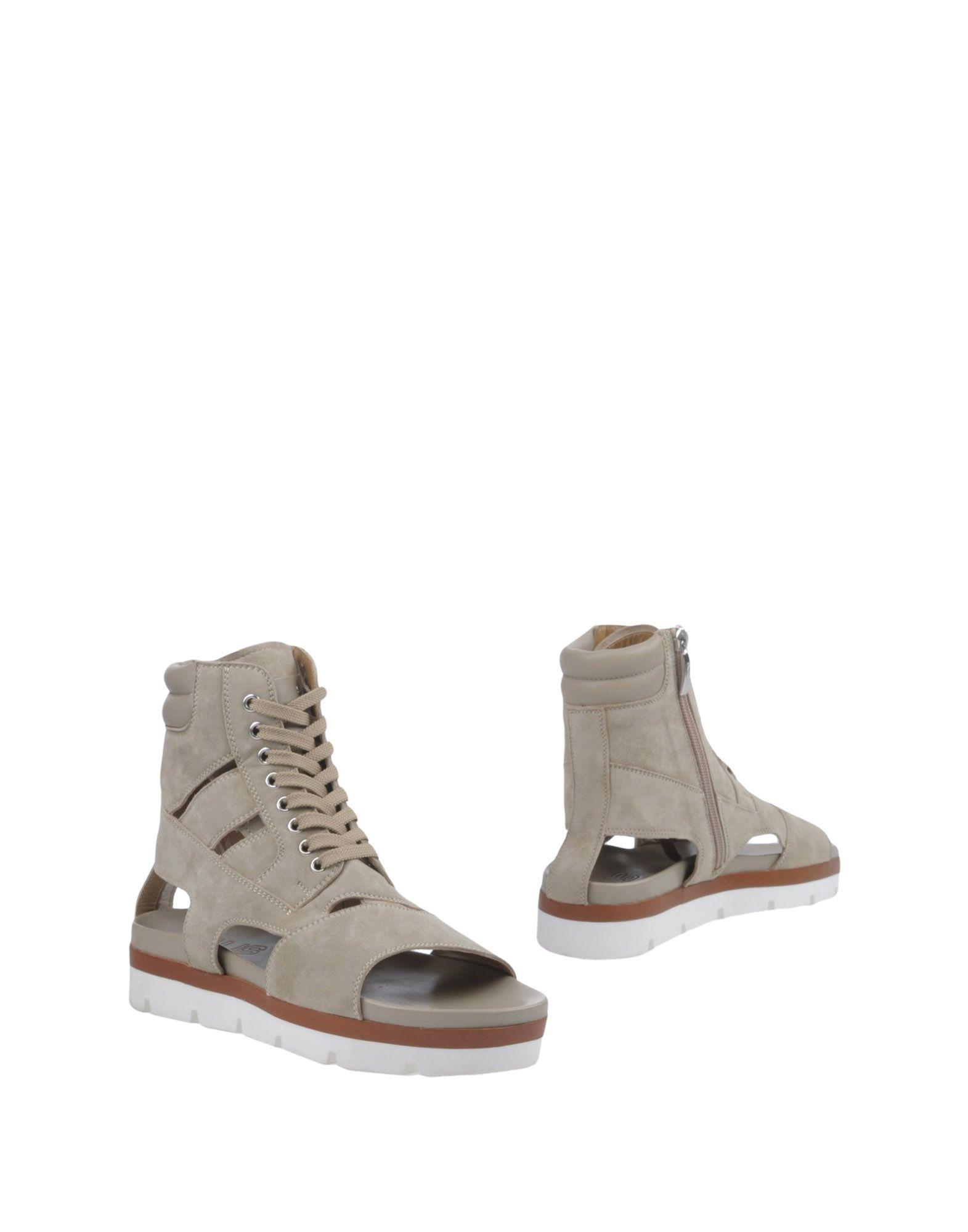 Cesare Paciotti Sandals 4Us Sandals - Women Cesare Paciotti 4Us Sandals Paciotti online on  United Kingdom - 11386475EF 6137d5