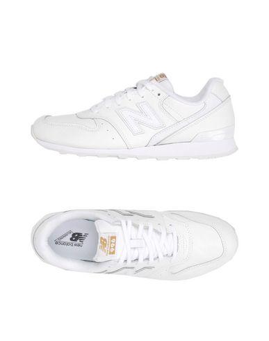 3e9f8c7ad6 NEW BALANCE Sneakers - Footwear | YOOX.COM