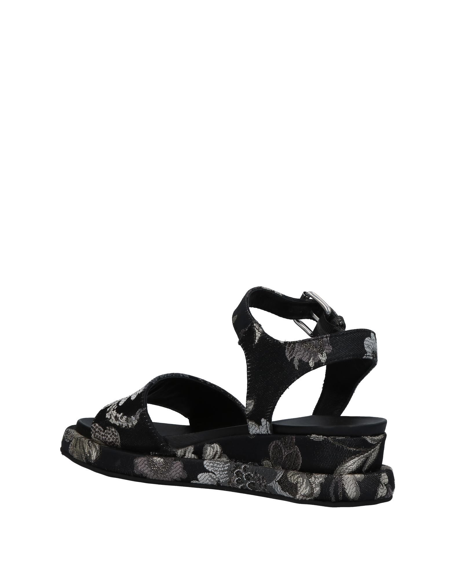 Sandales Strategia Femme - Sandales Strategia sur