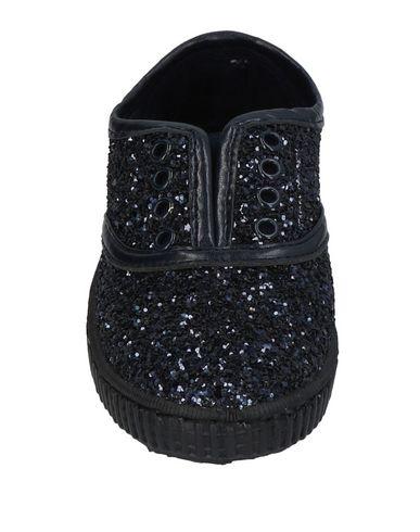 CHIPIE Sneakers