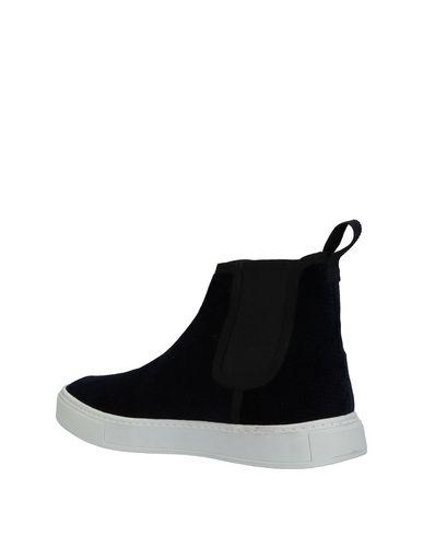HōSIO Sneakers