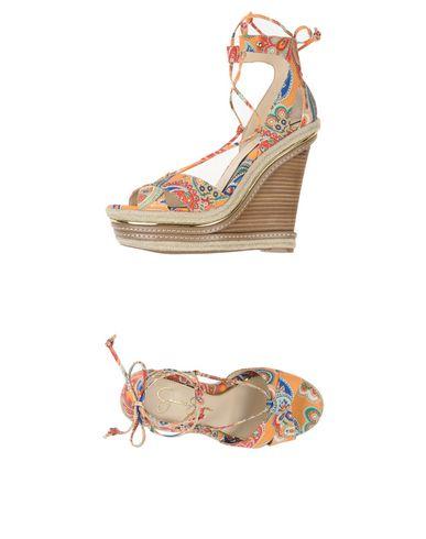 7f02b018ef2 JESSICA SIMPSON Sandals - Footwear D | YOOX.COM