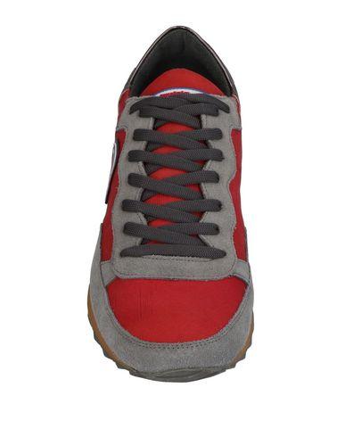 INVICTA Sneakers