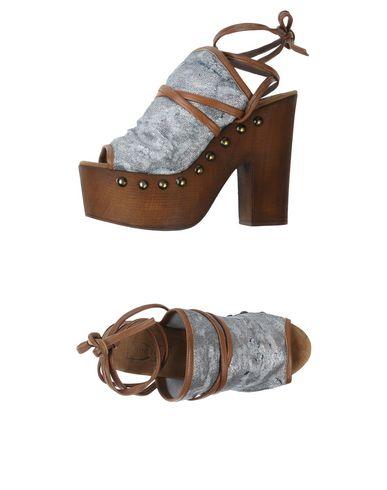FOOTWEAR - Sandals Divine Follie 6UCCfx