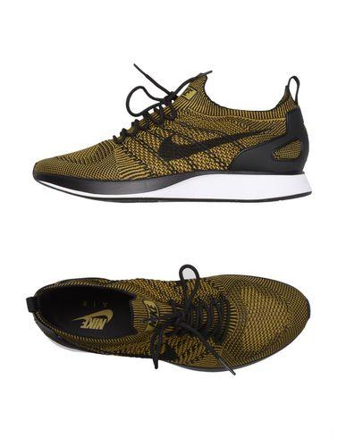 charme de coût Royaume-Uni disponibilité comment acheter NIKE Sneakers - Footwear U | YOOX.COM