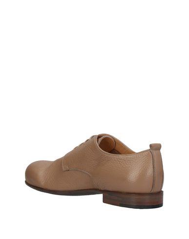 ROCCO P. Zapato de cordones