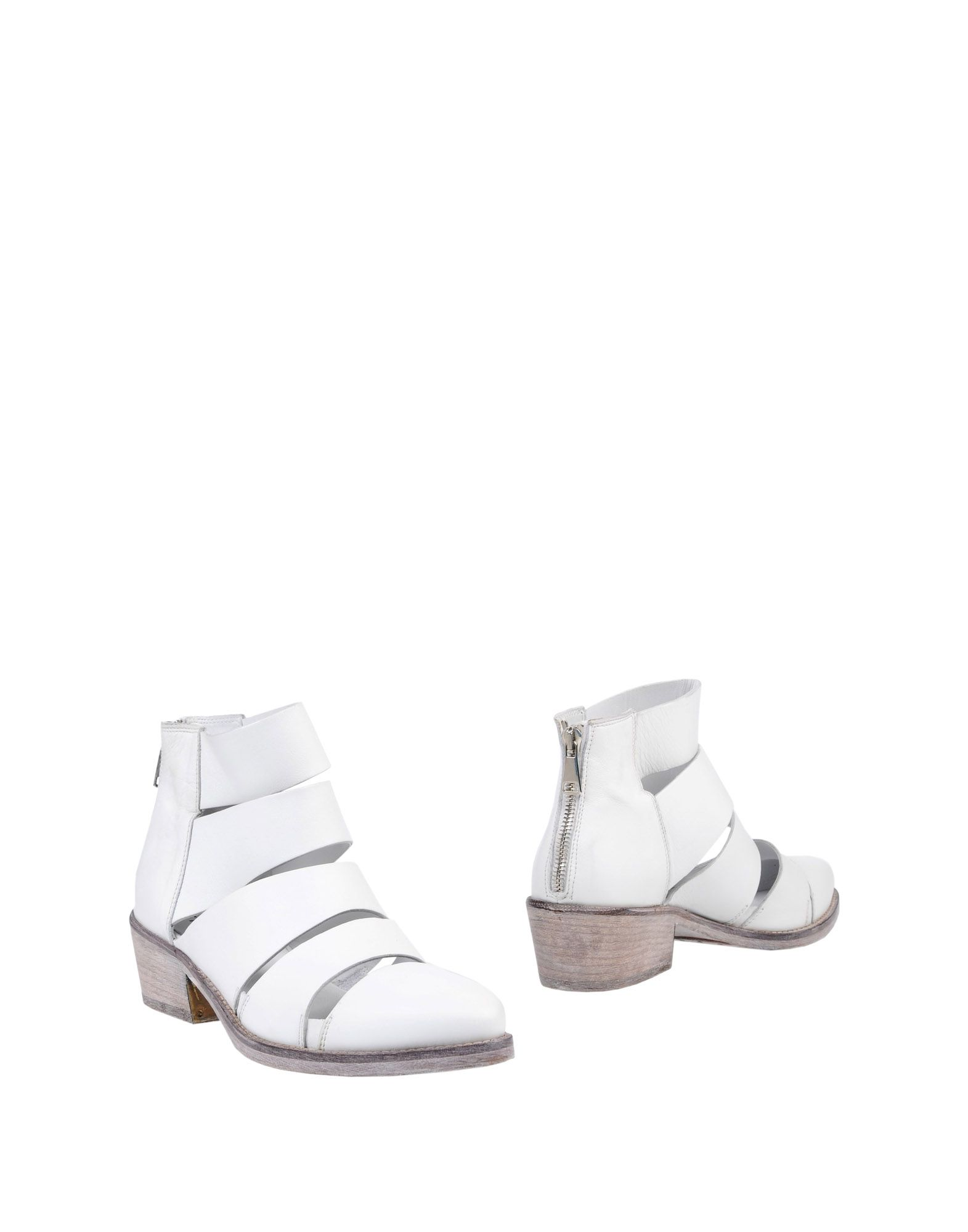 Strategia Strategia Ankle Boot - Women Strategia Strategia Ankle Boots online on  United Kingdom - 11412225VA e519be