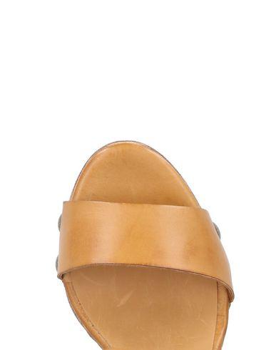 HUNDRED 100 Sandalen