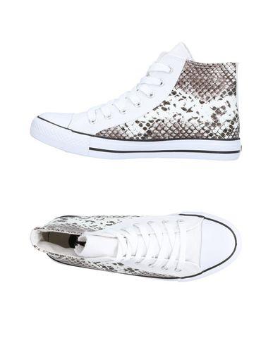WOZ? Sneakers