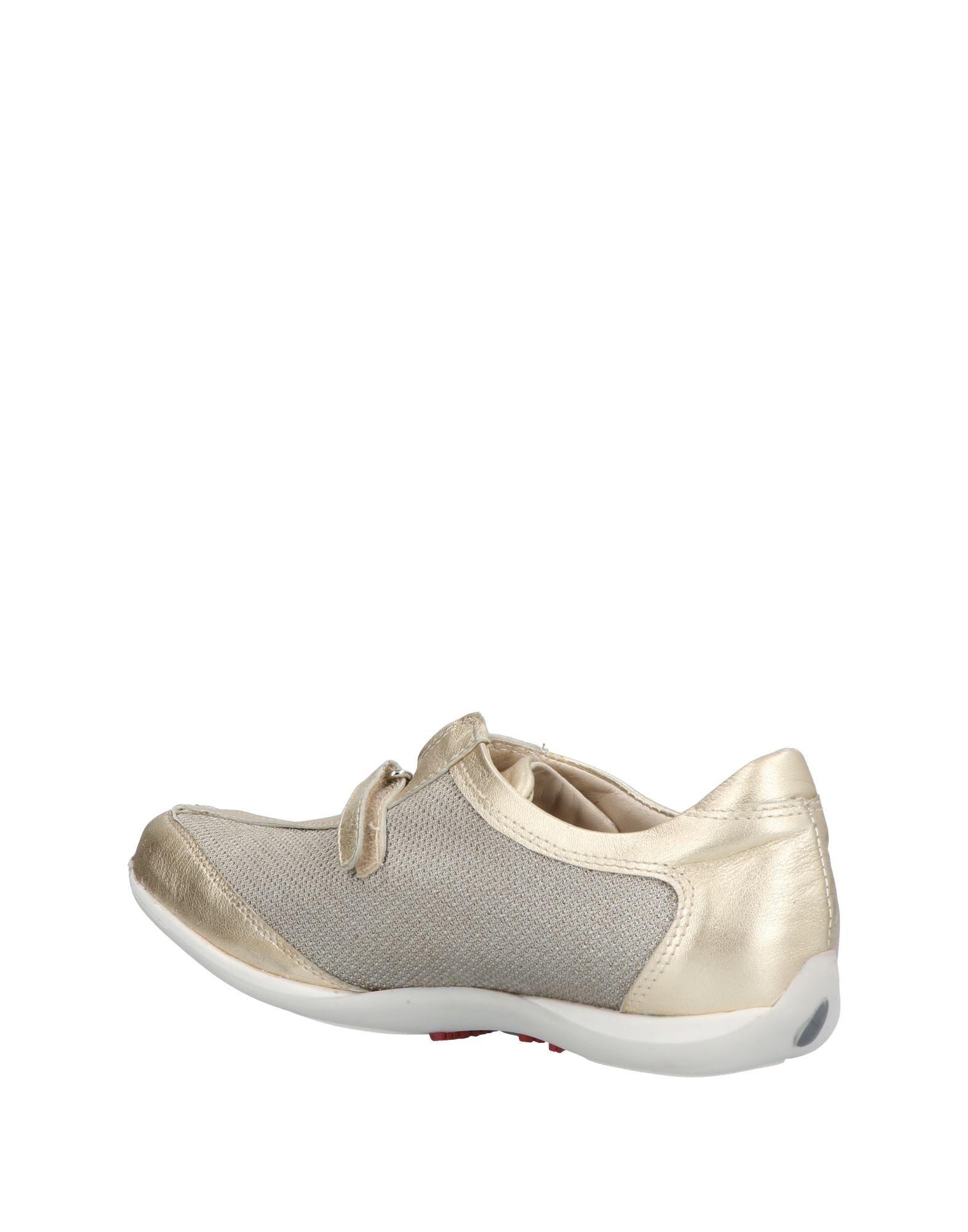 Chaussures - Tribunaux Onako 7hfWDFnq
