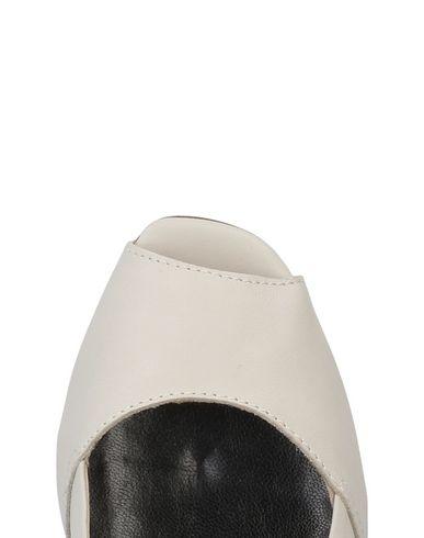 CNC COSTUME NATIONAL Zapato de salón