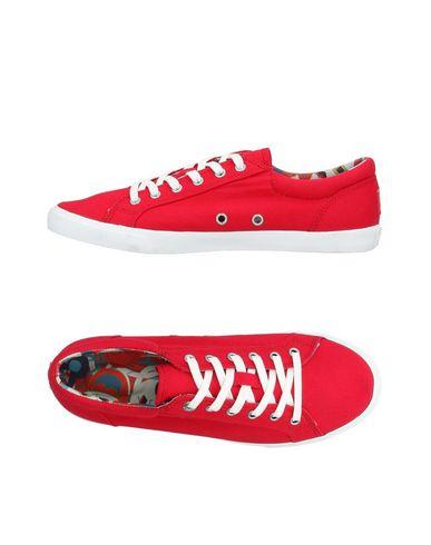 BUCKETFEET Sneakers in Red