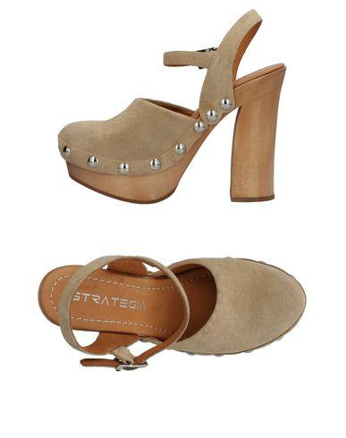 Yoox Women On Sandals Online Strategia xYqR8Sp