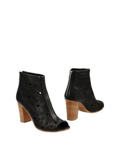 FOOTWEAR - Ankle boots Leonardo Principi cml3GuiGHJ