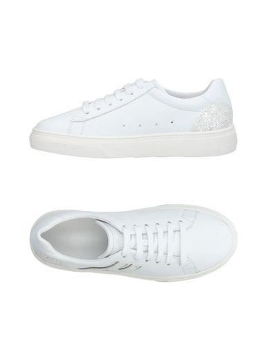 7de54b48d Gucci Sneakers Men Gucci Sneakers Online On Yoox United States 11278889ek    2019 trends   xoosha
