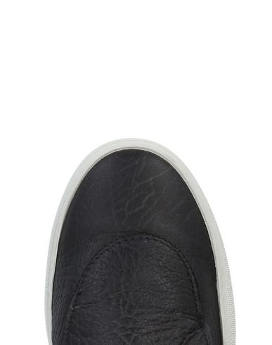 NERO by YLATI Sneakers
