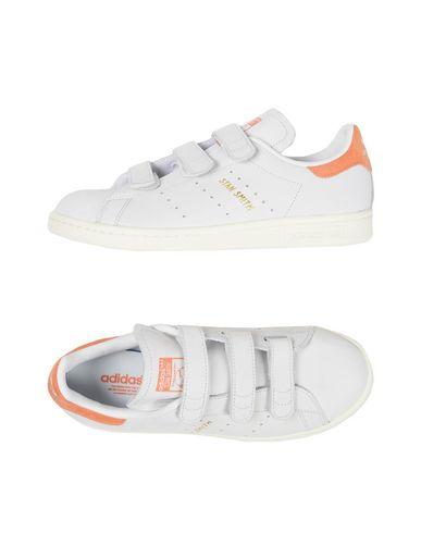 quality design 38460 931c3 ADIDAS ORIGINALS. STAN SMITH CF W. Sneakers