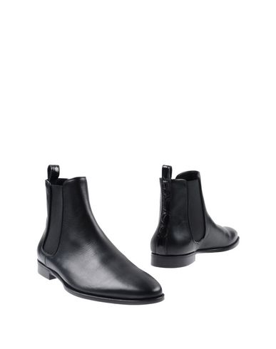 ANTHONY MATHEWS Boots in Black