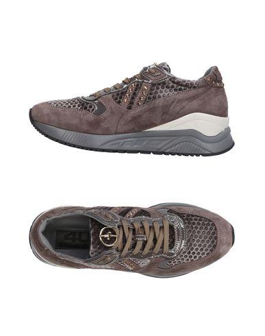 premium selection d8cbb dc4f4 CESARE PACIOTTI 4US Sneakers - Scarpe | YOOX.COM