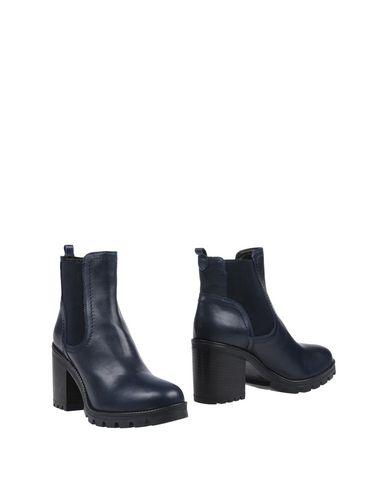 rabatt klaring butikken utløp høy kvalitet Dessau Fremstilling Chelsea Støvler gratis frakt eksklusive utløp mange typer kjøpe billig Eastbay QfiJFT1