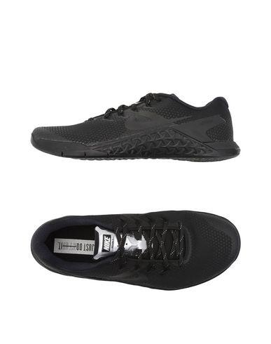NIKE METCON 4 SELFIE Sneakers