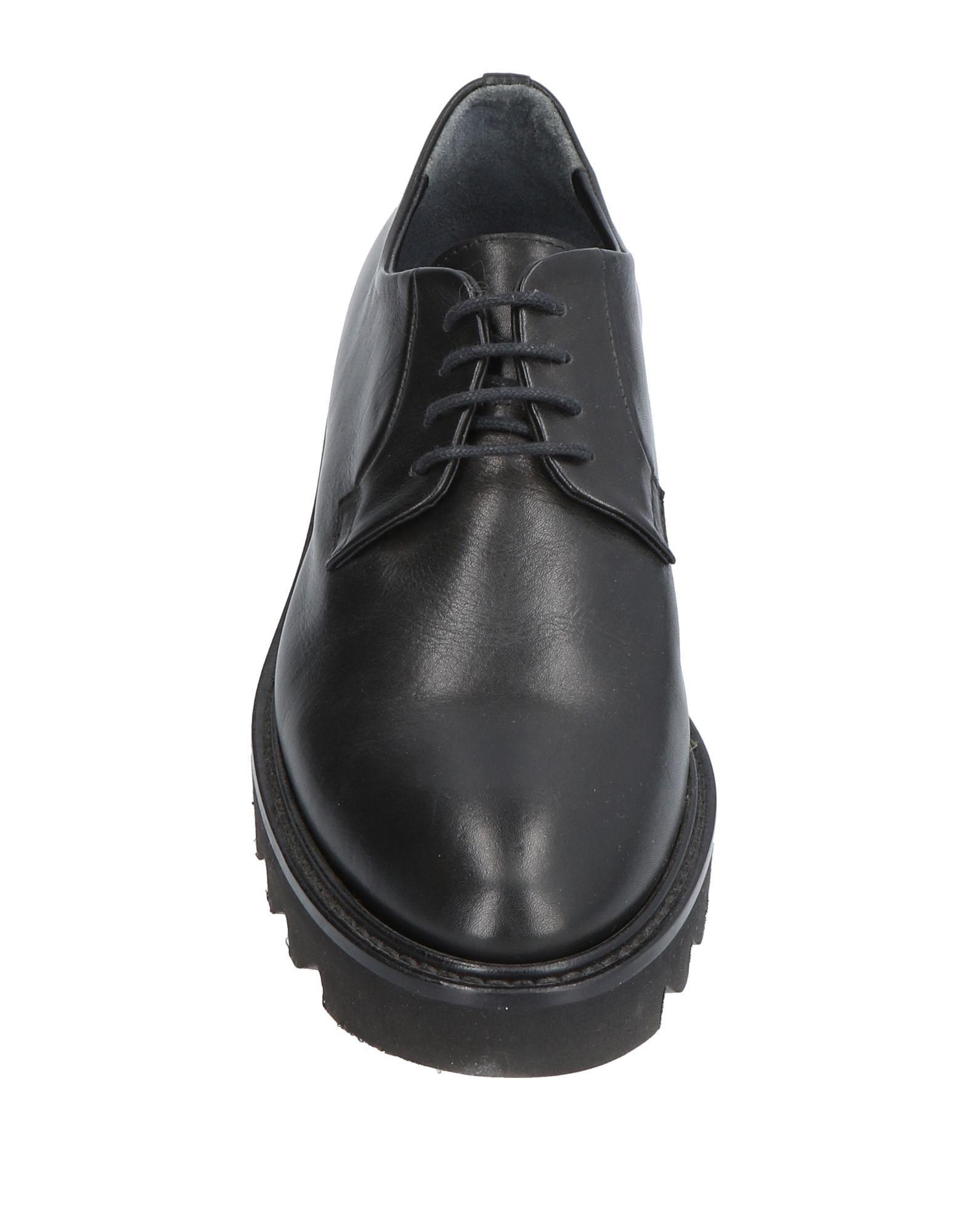 Chaussures À Lacets Entourage Femme - Chaussures À Lacets Entourage sur