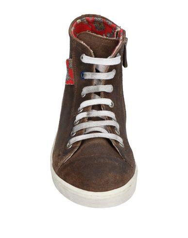 LE CROWNINE Sneakers