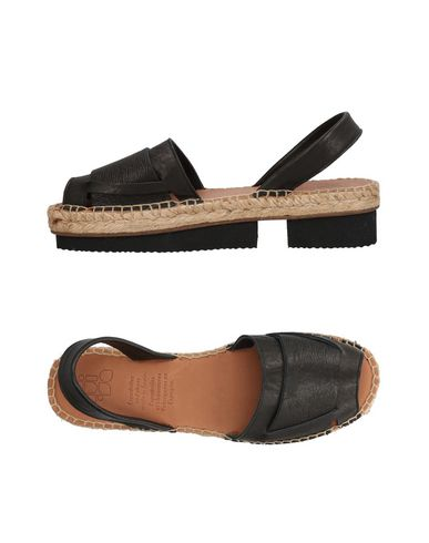 Discount With Paypal FOOTWEAR - Sandals Naguisa Free Shipping Hot Sale fvrBvO