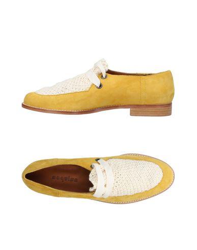 NAGUISA Chaussures à lacets femme. IOM2jLE
