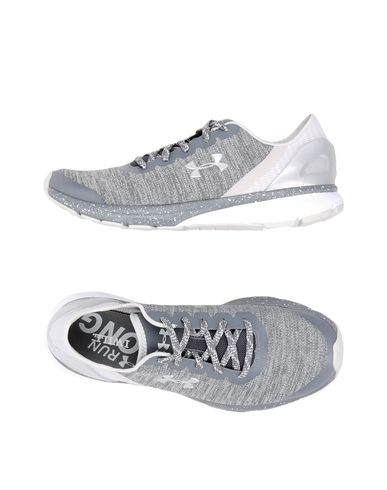 UNDER ARMOUR UA W CHARGED ESCAPE Sneakers