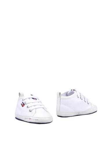 d932e5e9 Tommy Hilfiger Newborn Shoes Boy 0-24 months online on YOOX Romania