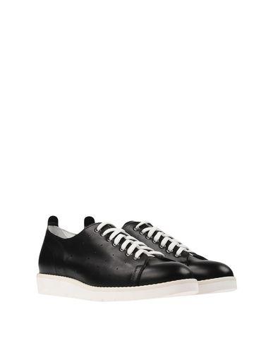 HECON Sneakers