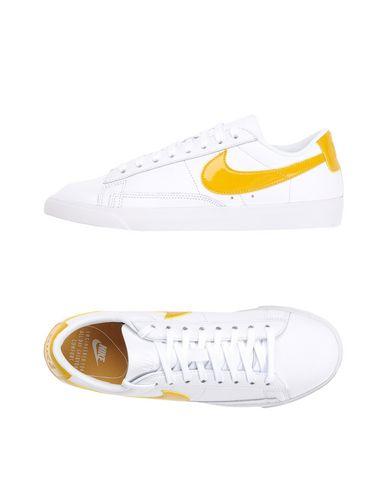 Παπούτσια Τένις Χαμηλά Nike Blazer Low - Γυναίκα - Nike στο YOOX ... 2f012b73bf2