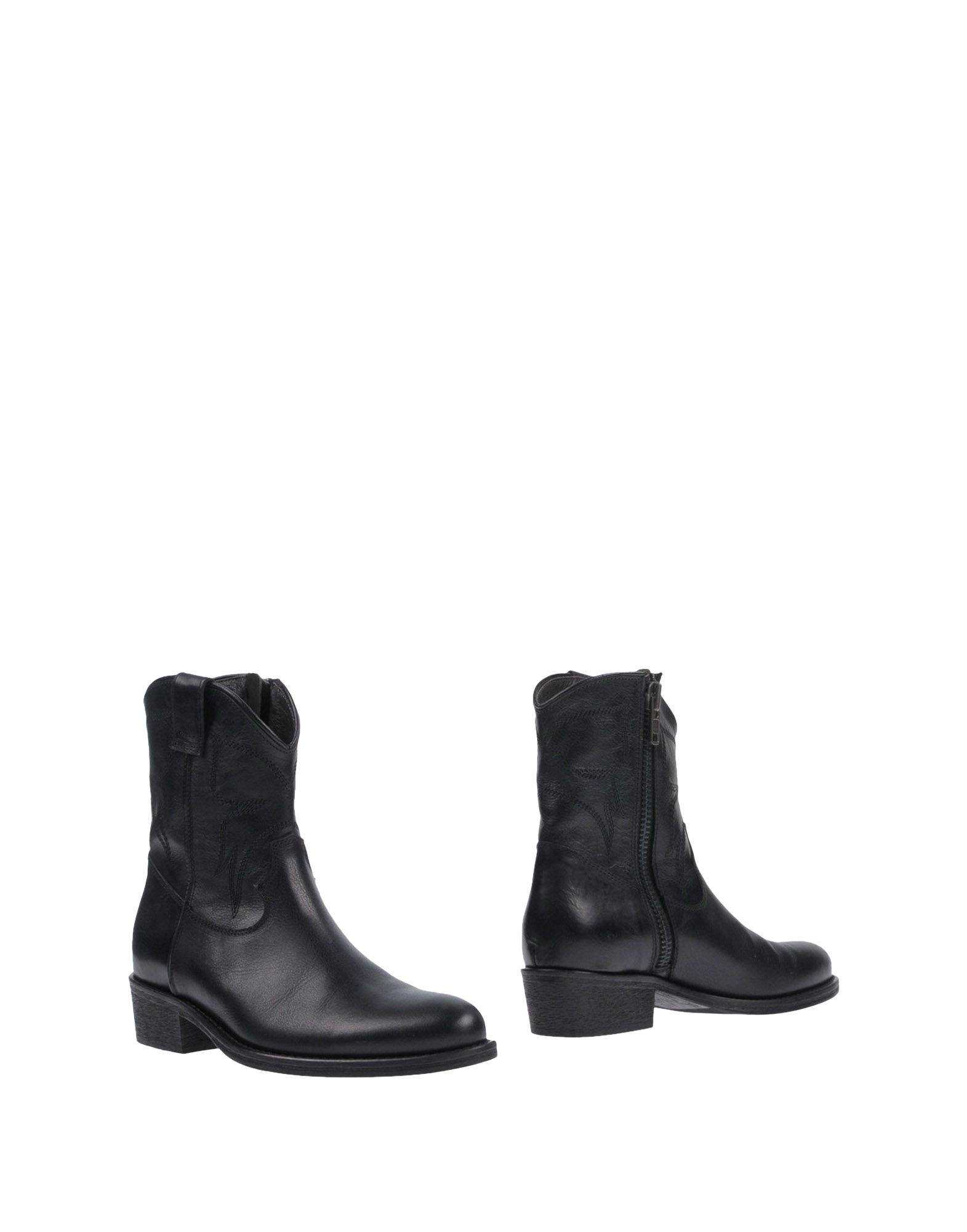 Via Roma 15 Ankle Boot - Women Via online Roma 15 Ankle Boots online Via on  United Kingdom - 11455128VA b79a92