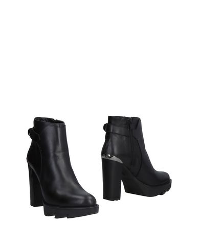 FOOTWEAR - Ankle boots G.P. Per Noy Bologna Free Shipping With Mastercard Free Shipping Professional Limit Offer Cheap k8yvcas2