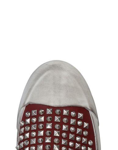 O.X.S. Sneakers